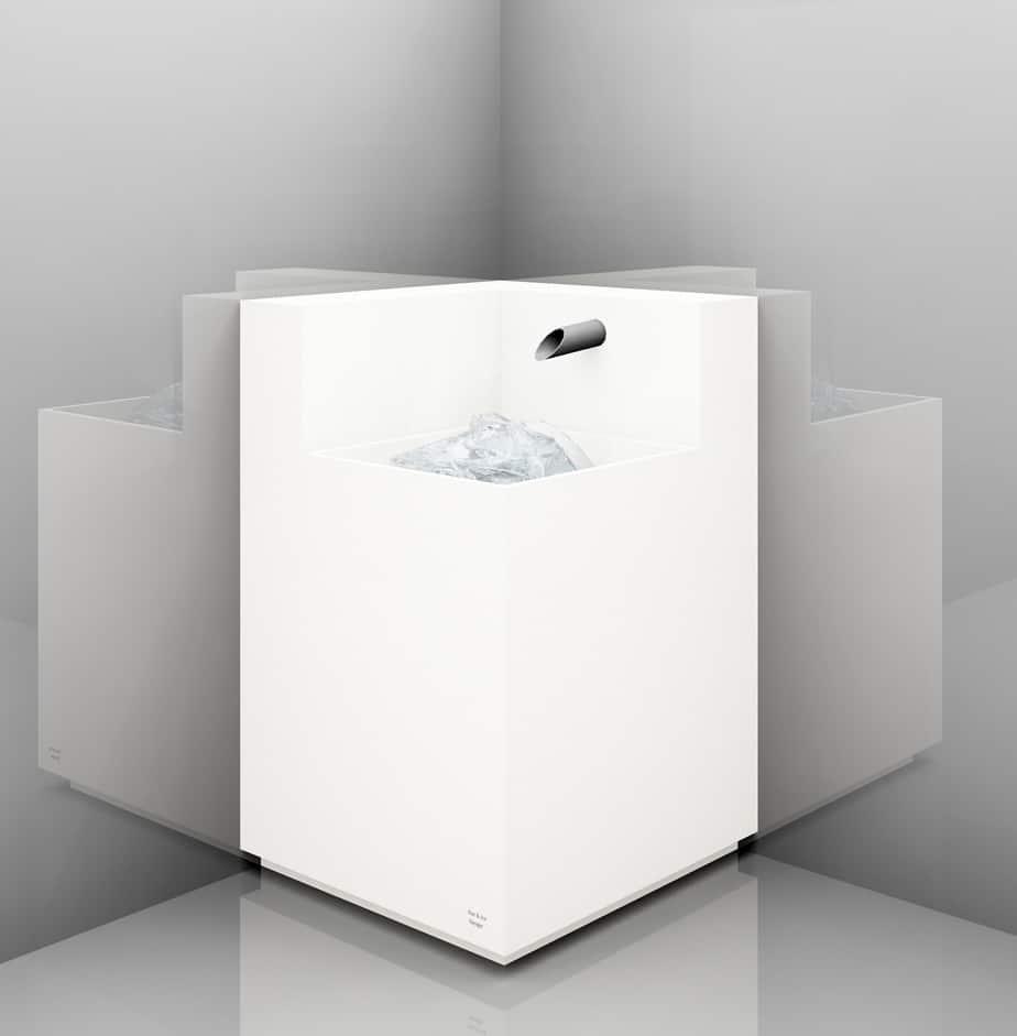 Eisbrunnen Ecklösung mit bündigen Becken Korpus weiß Sockel weiß Typ Stand Eck B 70 1