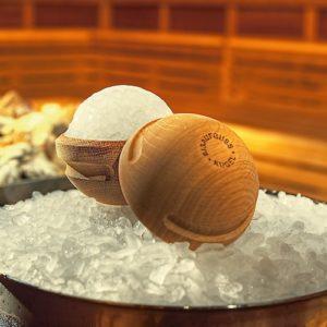 eisaufguss-kugel-fire-ice-sauna